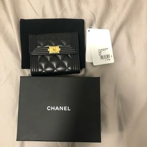 Authentic like new Chanel Le boy wallet